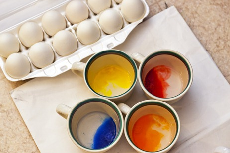 2009_Eggs and Dye