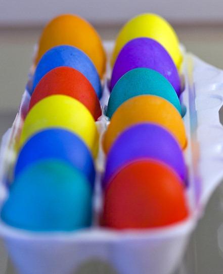 3219_Eggs In The Carton