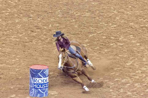 4735_Barrel Racing