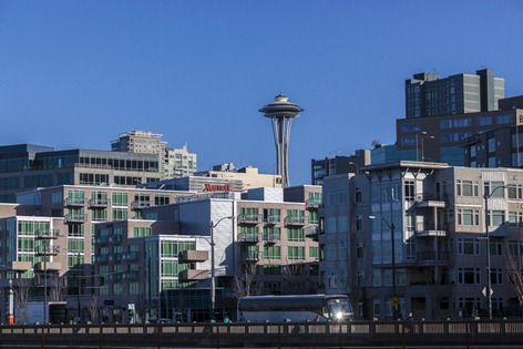 4741_View of the Needle