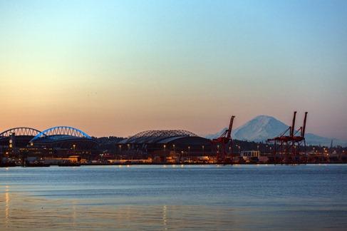 94C0379_Seattle Waterfront Morning