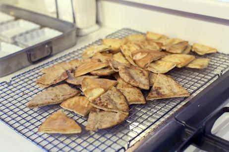 94C7215_Cooling Pita Chips