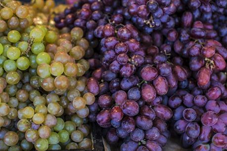 94C9505_Grapes