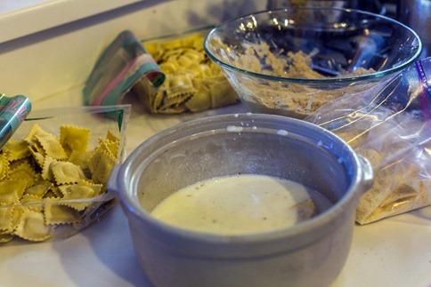 94C7473_Fried Ravioli Ingredients