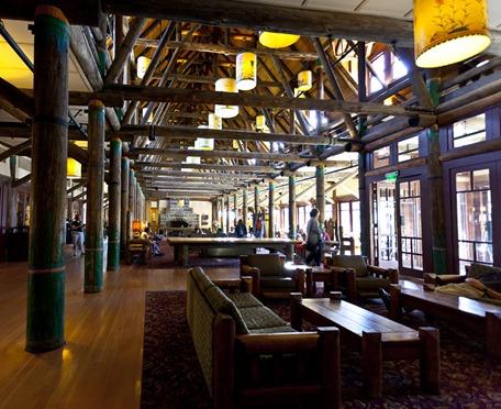 9017_Paradise Inn Interior
