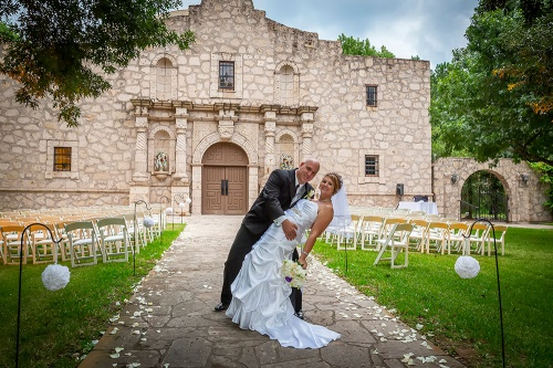 Bride and Groom in Front of The Alamo VIGNETTE