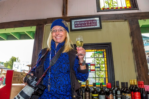 Becky at the Kings Winetasting