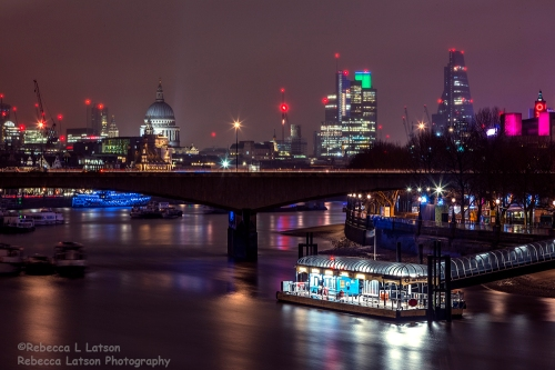 Night Scene Along The Thames