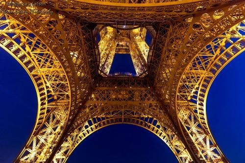 Eiffel Tower Theme 3